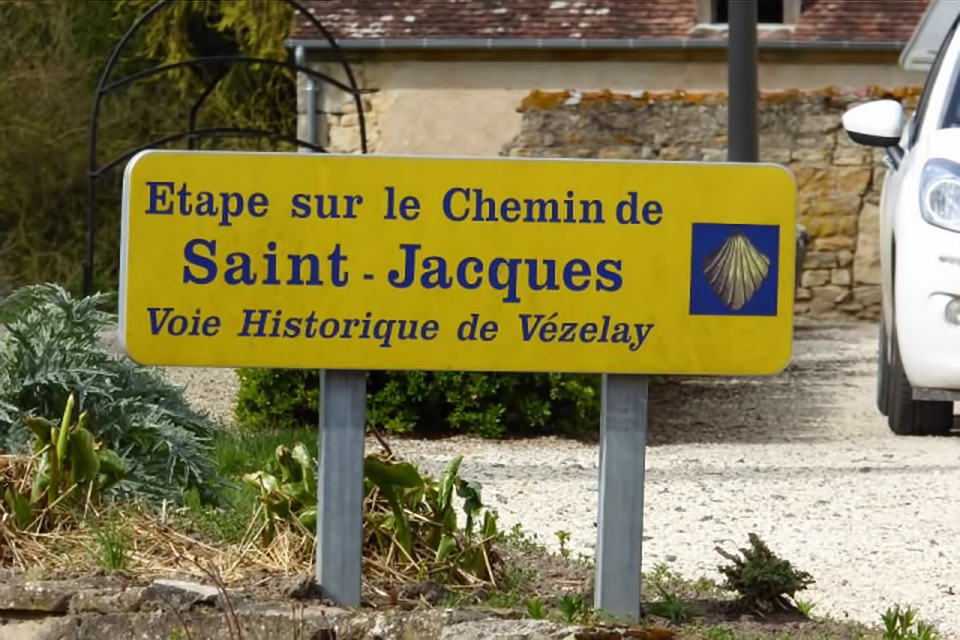 8 itinéraires à Compostelle avec un chariot-image