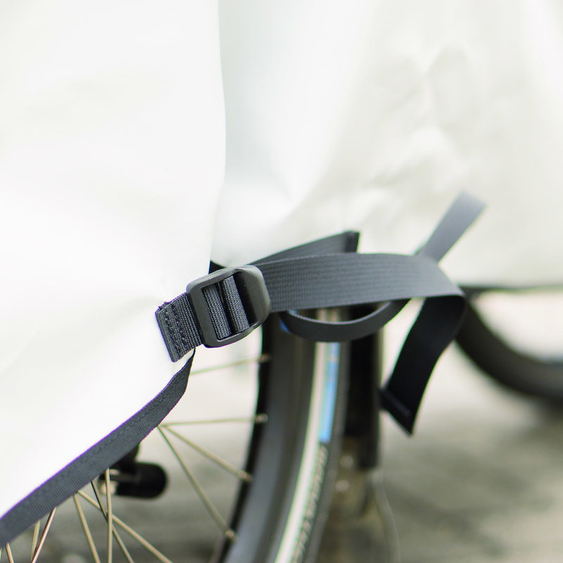 42102 Trike Parking Cover 03